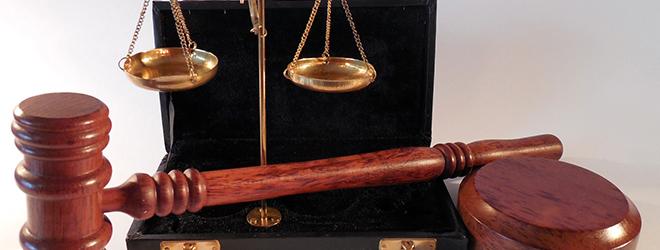 Sodni tolmač mora poznati Zelo dobro mora poznati delovanje pravosodnih sistemov.
