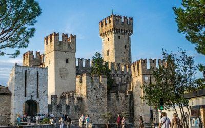 Scaligero – plavajoči italijanski grad